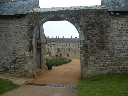 château,manoir,domaine,moyen age,forteresse,bretagne