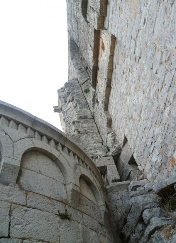 histoire,abbaye,région,sud,tourisme,saisons,été