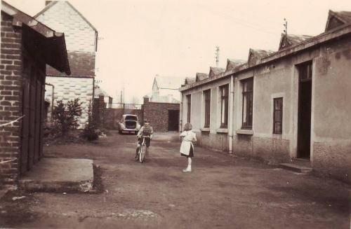 souvenirs,enfance,vélo,trottinette,enfants,rue