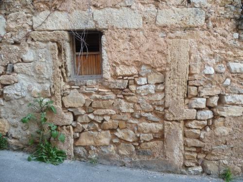 P1050984 PORTE ANCIENNE BOUCHEE 19 01 17 (2448 x 1836).jpg