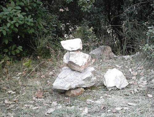 Sud, Nord, pierres, boue, vignes, cailloux, terre, poèmes, poètes,