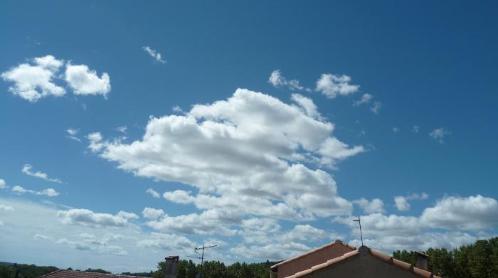 poèmes,poésie,poète,nuages,ciel,écriture