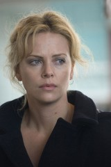 terre brulée Charlize theron.jpg